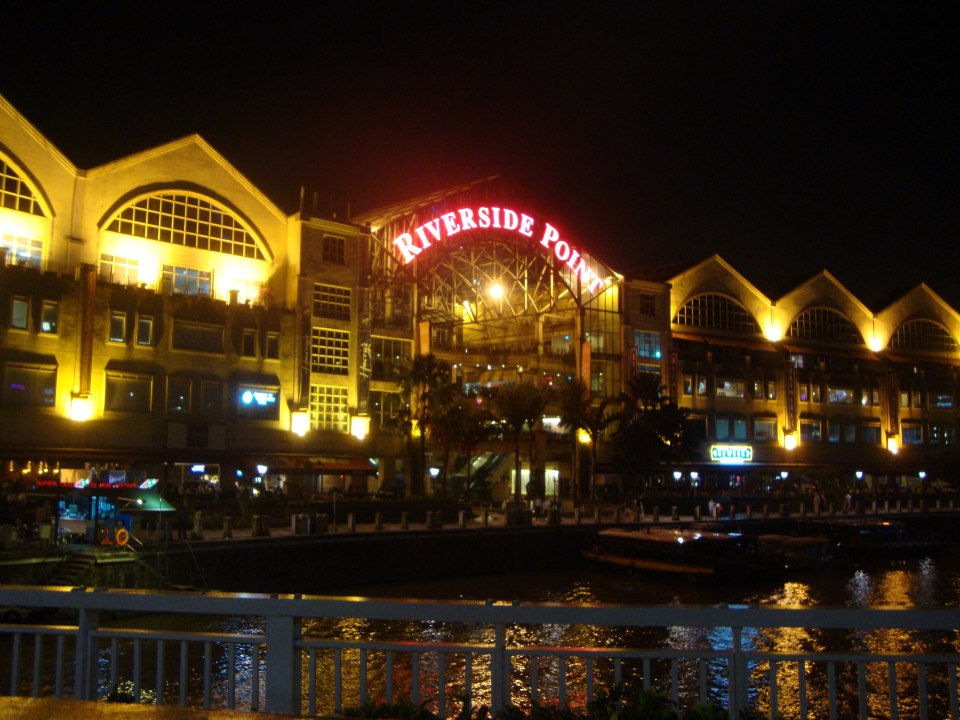 Сингапур, Clarke Quay–Riverside Point