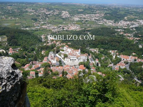 Изглед към Синтра от Замъка на маврите