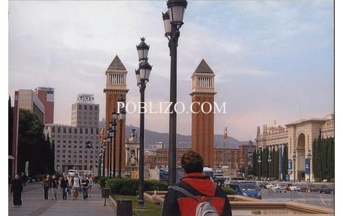 В Барселона