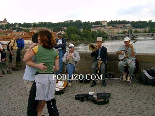 Музикантите на Карлов мост