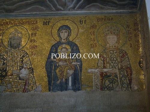 Християнски фрески в Света София