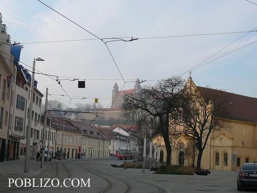 По улиците на Братислава