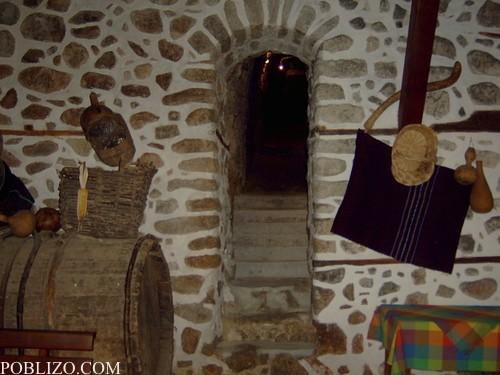В дегустационната зала. Изглед към тунела.