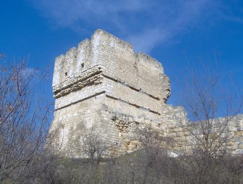 Триетажна бойна кула в крепостта