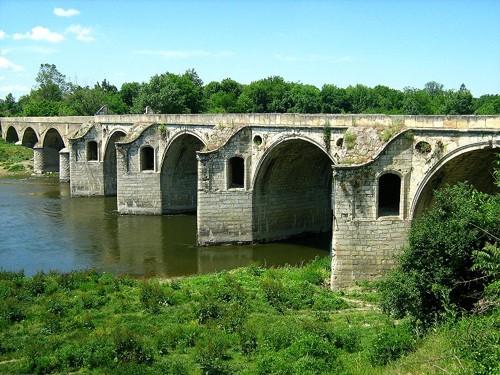 Мостът над река Янтра край гр.Бяла