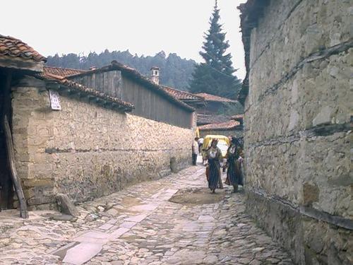 По улиците на Копривщица