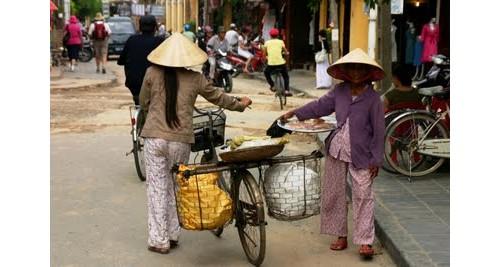 По улиците на Ханой