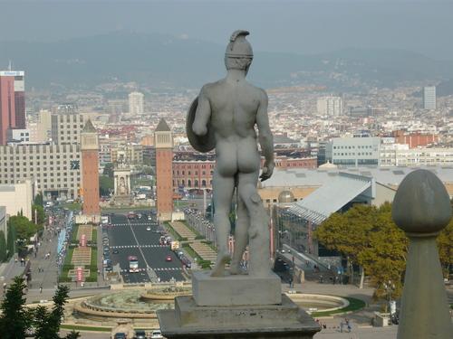 Поглед от Музея към прекръстената от мен улица-Вики Кристина