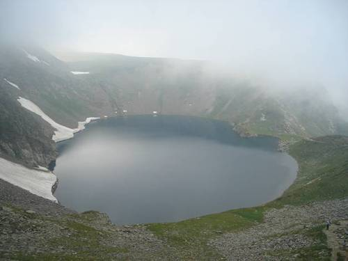 Езерото Окото