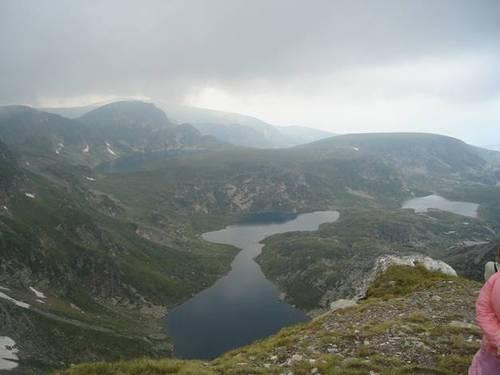 Езерният връх
