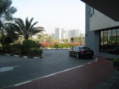 Пред хотела
