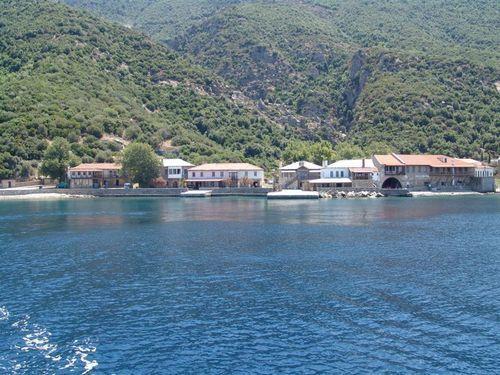 Пристанището Дафни