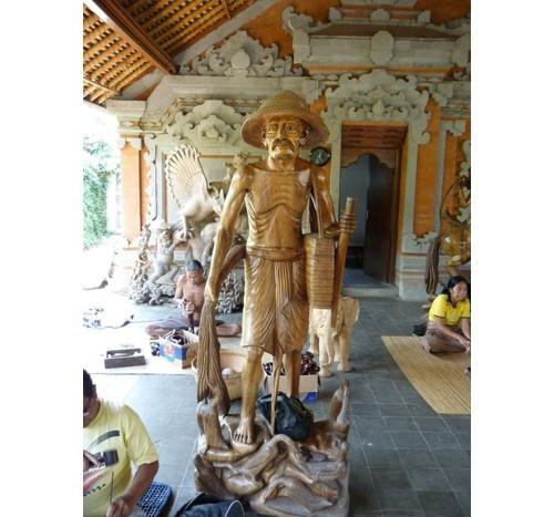 Дървени скулптури