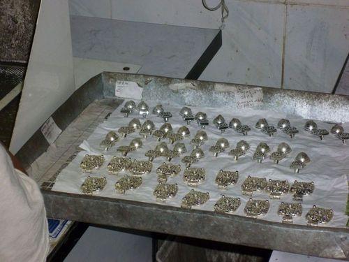 Във фабриката за сребро