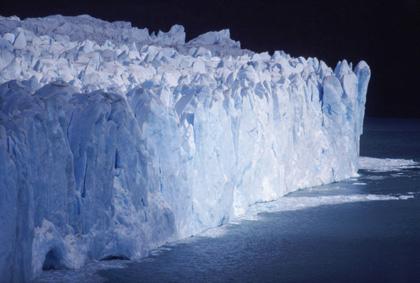 Ледената стена