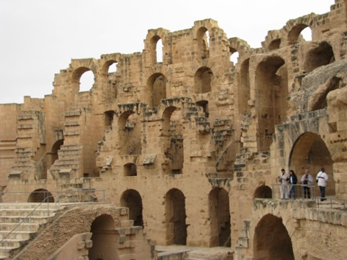 Колизеумът