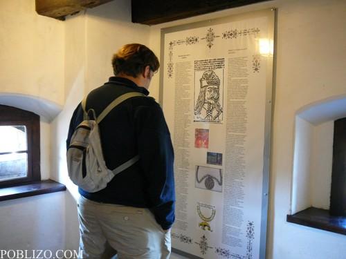 Подробните табла, разказващи историята на Бран