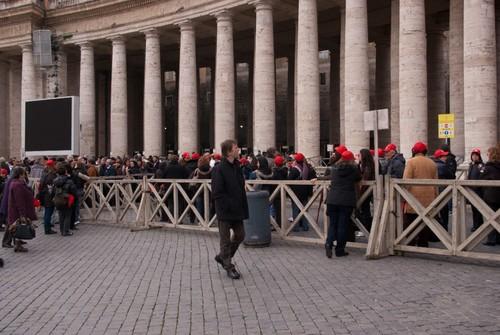 The massive queue, която мина за 10 мин.