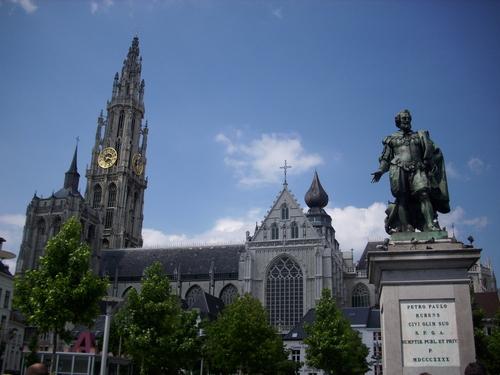 Groen Plaatz – централният площад в Авнтерпен