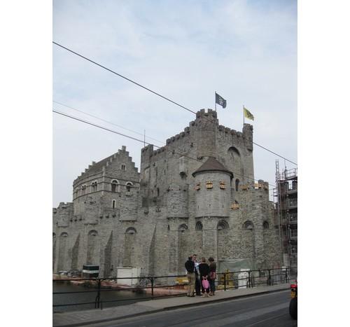 Замъкът Гравенщайн в Гент – Белгия