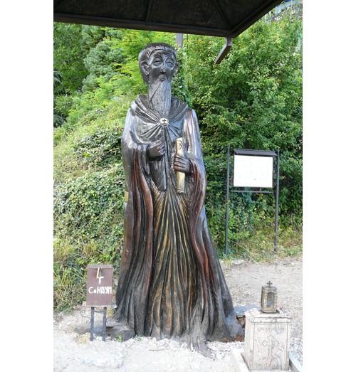 Статуята на Св. Наум