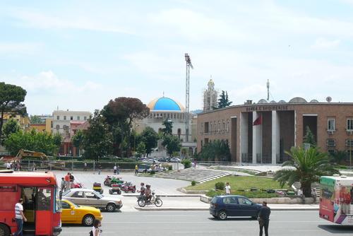 Централният площад
