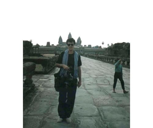 Пътеката към централния храм с петте кули
