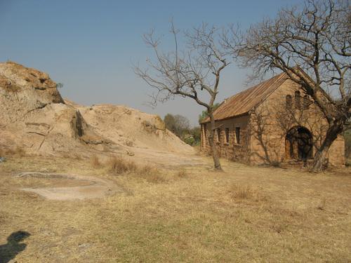 В началото на 20-и век тази постройка е била родилен дом.