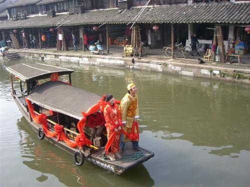 Сватба в село Шитанг, близо до Шанхай, през януари