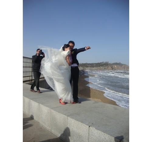 Ветровито е край морето