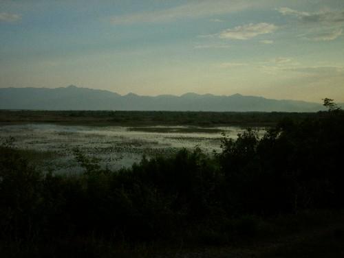 Шкодренското езеро на залез