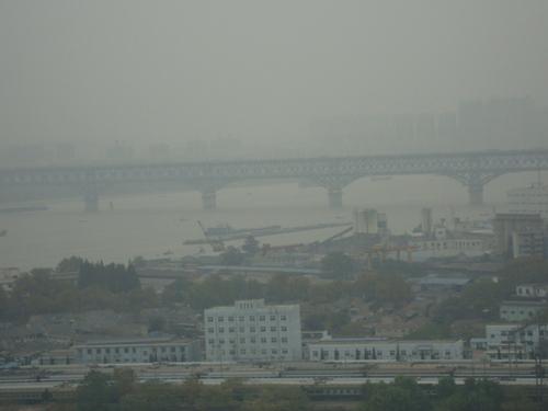 Първият мост, построен над река Яндзъ