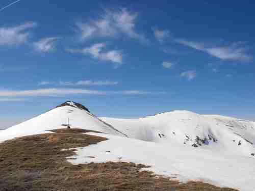 Най-високите Осоговски върхове Шапка-2188 м. и Руен-2251 м.