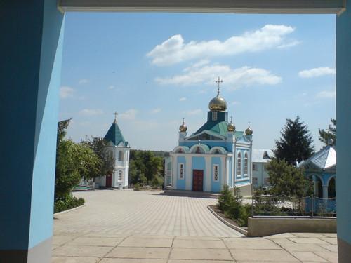 Малък манастир в близост до Болград