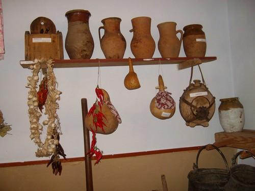 Изложба пресъздаваща българския бит