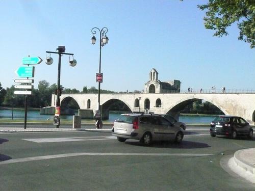 Авиньон  - мостът  Сан  Бенезе