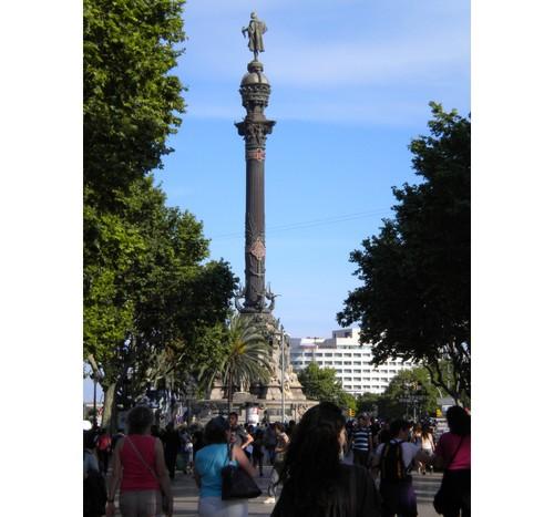 Статуята на Колумб