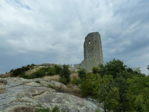 Към Акропола, цитаделата
