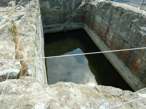Басейн за питейна вода