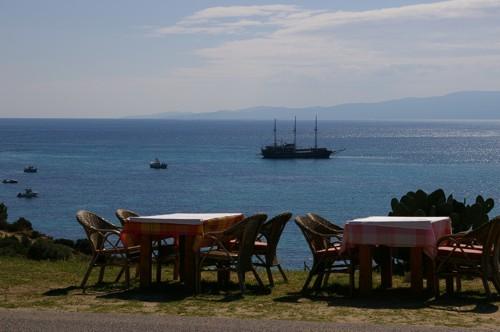 Лятно, гръцко настроение, Атон, Халкидики, Гърция