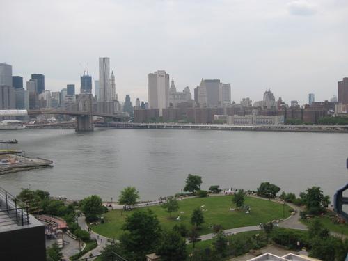 Изглед от Манхатън Бридж