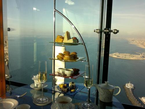 Дубай, Бурж Ал Араб, Skyview bar