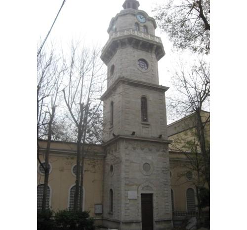 часовниковата кула на Варна