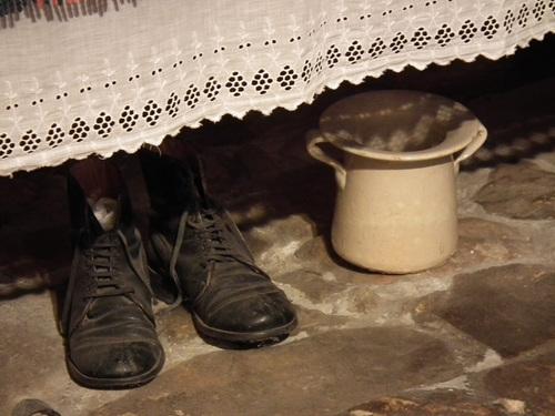 и обувките на тате, но при толкова аромати има ли значение?