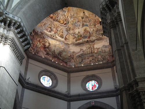 Куполът с известната фреска Страшния съд.