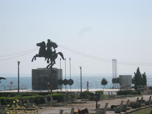 Паметникът на Александър Македонски