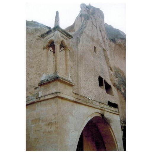 Църквата в долината Зелве