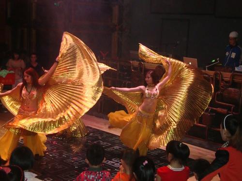Златният танц