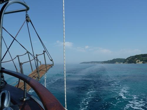 На корабчето за разходка