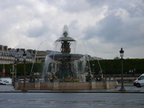 Фонтан на площад Конкорд